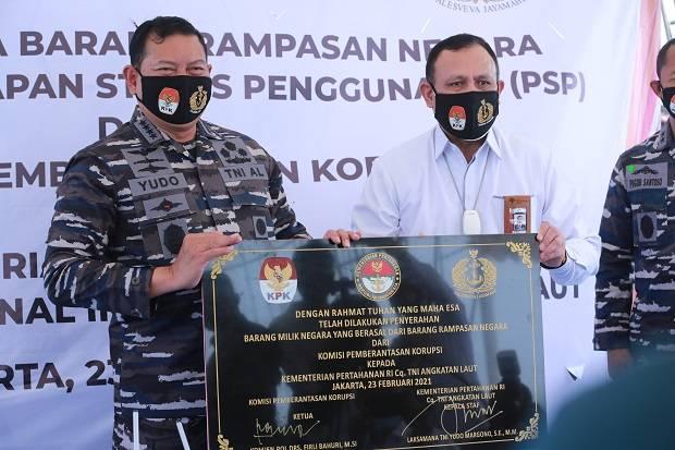 KPK Serahkan Barang Rampasan Negara Senilai Rp55,8 Miliar ke TNI AL