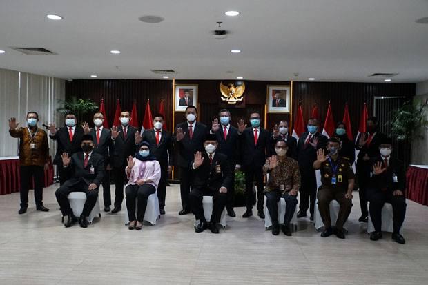 Firli Bahuri Lantik 11 Jaksa dan Kabag Perbendaharaan KPK
