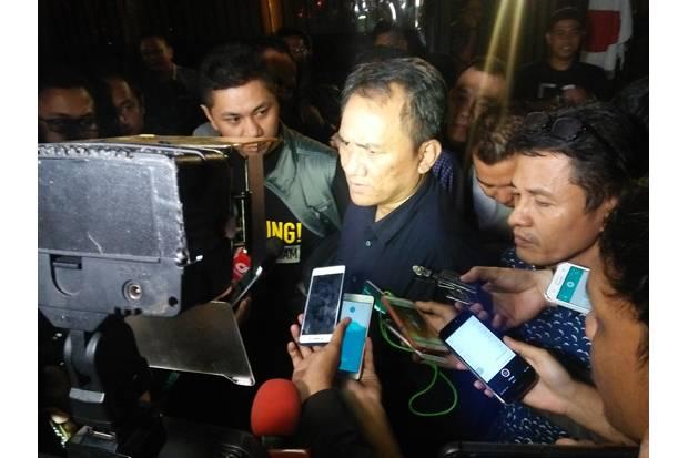 Andi Arief: Pak Moeldoko, Anda Merasa Ditekan?