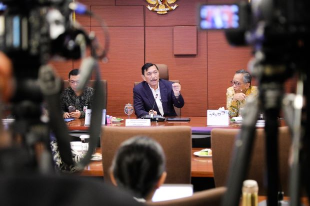 Luhut dan Menteri Basuki Bahas Infrastruktur di Jatim, Pemerintah Gelontorkan Rp8,9 T