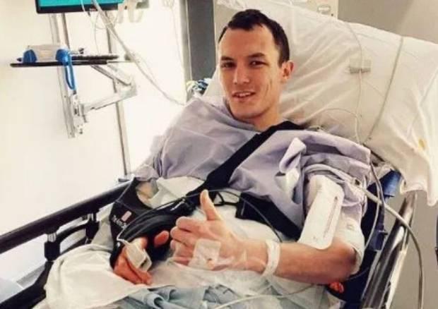 Josh Warrington Terkapar di RS Usai Kekalahan KO Brutal
