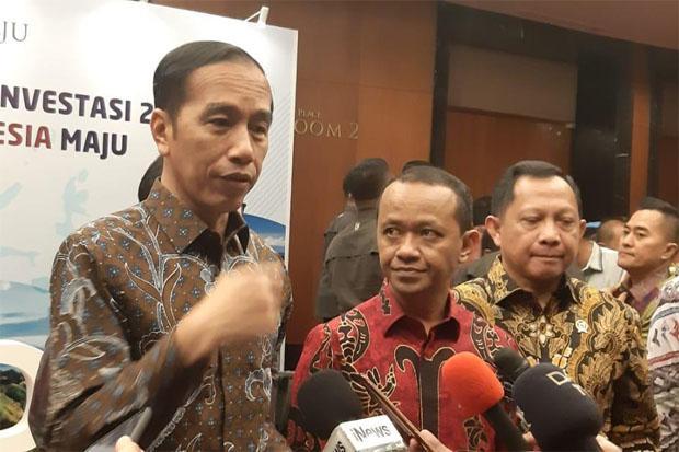 Kunci Ekonomi Tumbuh 5% Adalah Investasi, Jokowi Tiap Hari Telepon Bahlil