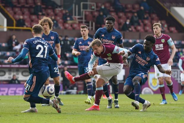 Unggul Dulu, Arsenal Malah Ditahan Burnley