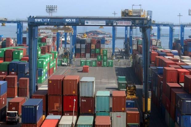 Pelabuhan Peti Kemas dan Kawasan Industri Rp16,8 T di Gresik Ditargetkan Rampung 2022