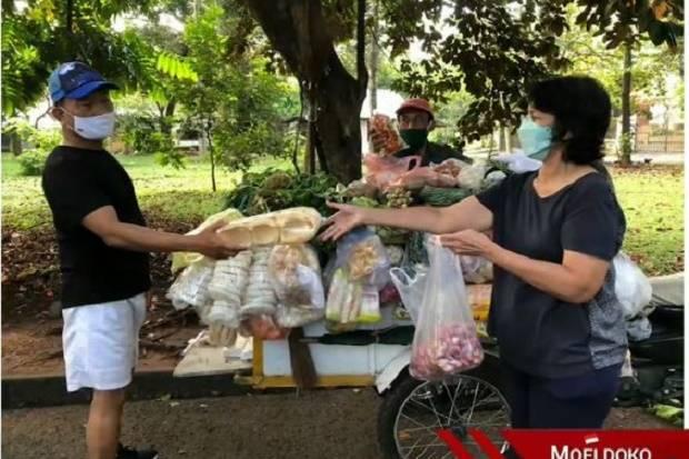Moeldoko Posting Belanja Sayur di Instagram, Netizen: Borong Pak Ketum