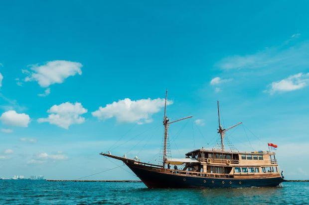 Privat Trip Kapal Augustine Phinisi Rp25 Juta Sehari, Minat?