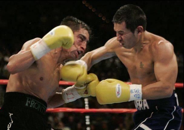 Dahsyatnya Marco Antonio Barrera vs Erik Morales Part 4!