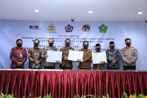 KPK Serahkan Aset Rampasan Senilai Rp13 Miliar ke Kemenag