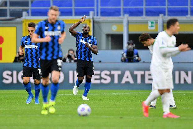 Lukaku dan Martinez Bantu Inter Milan Tundukan Sassuolo