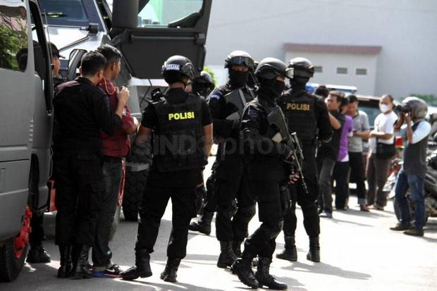 Densus 88 Masih Buru 4 Buronan Terduga Teroris di Jakarta