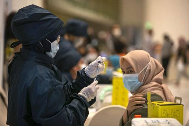 MUI dan IDI Sudah Oke, Kemenkes Pastikan Vaksinasi Tetap Jalan Selama Ramadan