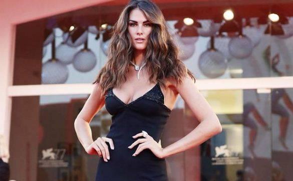 5 Fakta Francesca Sofia Novello Pacar Valentino Ro