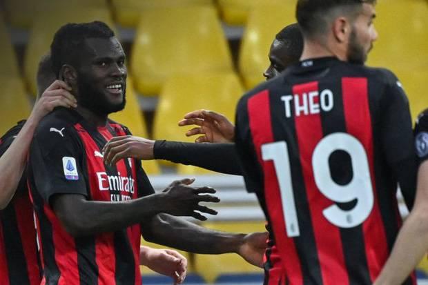Permak Parma, AC Milan Teror Inter di Klasemen Serie A