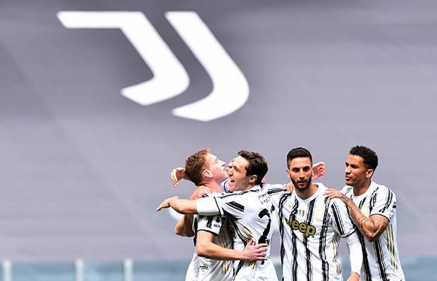 Bungkam Genoa, Juventus Beri Tekanan di Tiga Besar Serie A