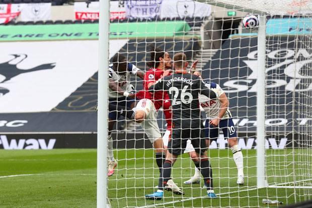 Sebut Spurs Tak Pantas Kalah, Mourinho Salahkan VAR