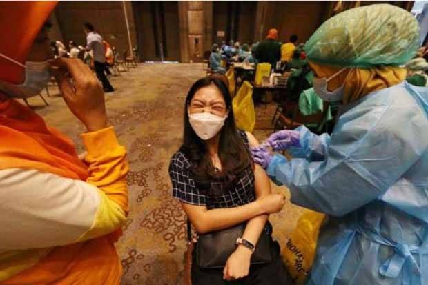 Update Vaksinasi: 10.373.963 Orang Sudah Dosis 1 dan 5.431.997 Dosis 2