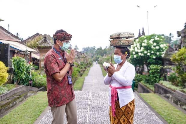 Lewat Wisatawan Kolombia, Sandiaga Mulai Perkenalkan Desa Wisata Indonesia