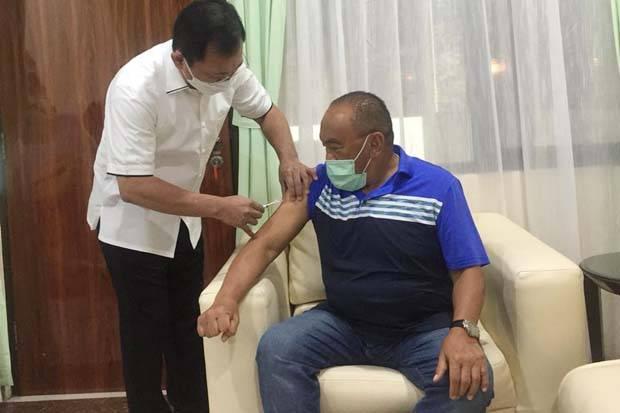 Uji Coba Vaksin Nusantara Jalan Terus, Terawan Suntik Langsung Aburizal Bakrie