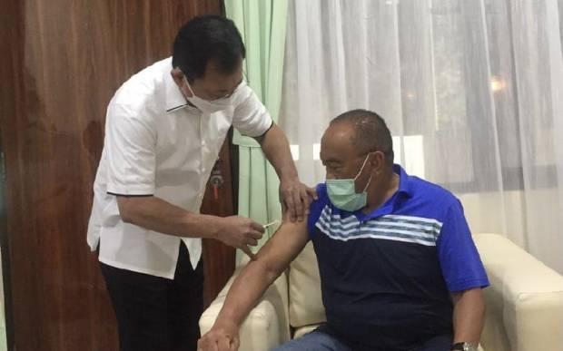 Disuntik Vaksin Nusantara oleh Terawan, Aburizal Bakrie: Saya Pernah Utang Nyawa