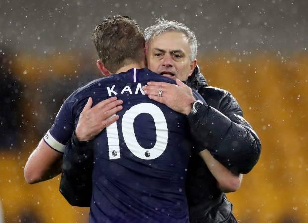 Tottenham Pecat Jose Mourinho, Harry Kane Ucapkan Terima Kasih