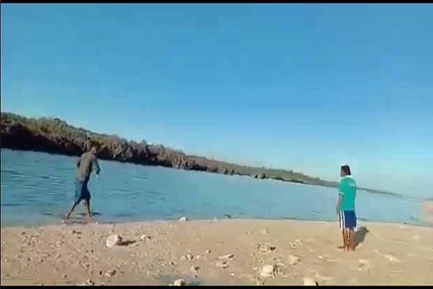 Penjelasan Ilmiah Kemunculan Pulau Baru di NTT Pasca Badai Seroja