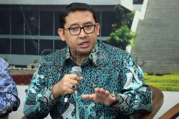 Munarman Ditangkap Terkait Terorisme, Fadli Zon: Tuduhan Kurang Kerjaan