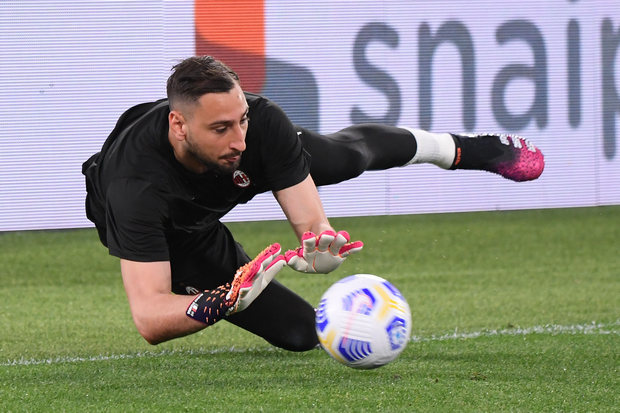Sebelum Catat Clean Sheet Saat Milan Kalahkan Benevento, Donnarumma Dilabrak Fans