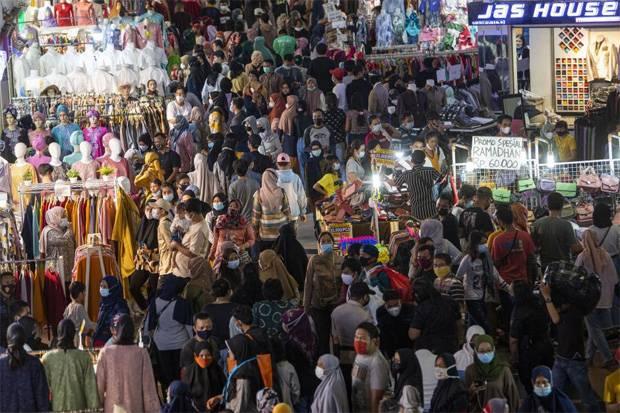 Viral Kerumunan di Pasar Tanah Abang Langgar Prokes, Pedagang : Sudah Biasa!
