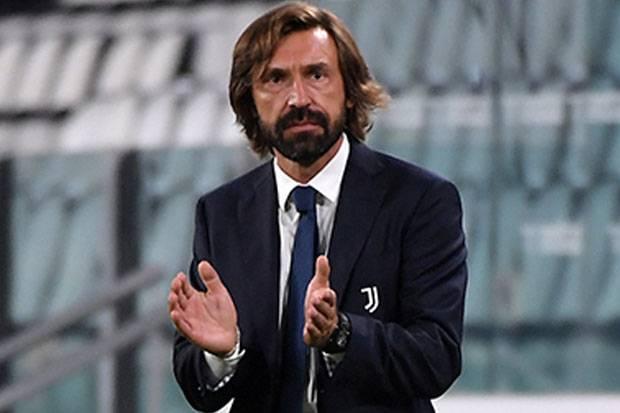 Enggan Menghakimi Pirlo, Tapi Ancelotti Ingin Milan Finis di Atas Juve