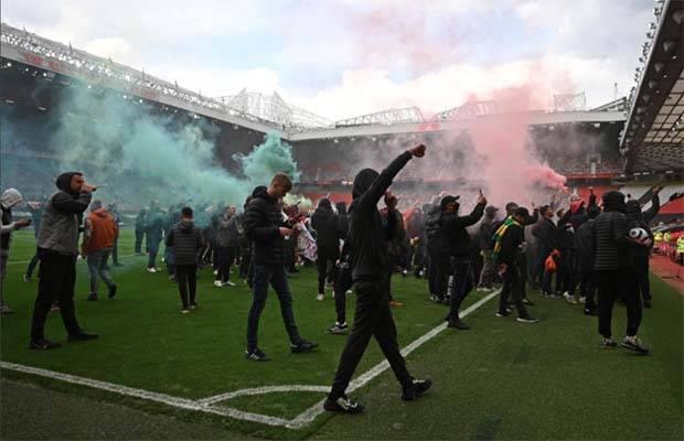 Manchester United vs Liverpool Resmi Ditunda, Jadwal Baru Masih Dibahas