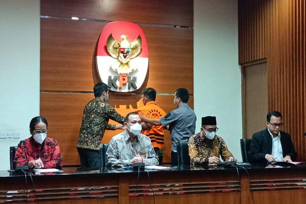 KPK Tetapkan Eks Direktur Dirjen Pajak Angin Prayitno Aji Jadi Tersangka