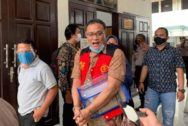 Penangguhan Penahanan Jumhur Hidayat Dikabulkan Hakim