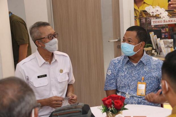 Lansia Nasabah Bank Mantap Jadi Prioritas Vaksin Covid-19, Cirebon Berterima Kasih