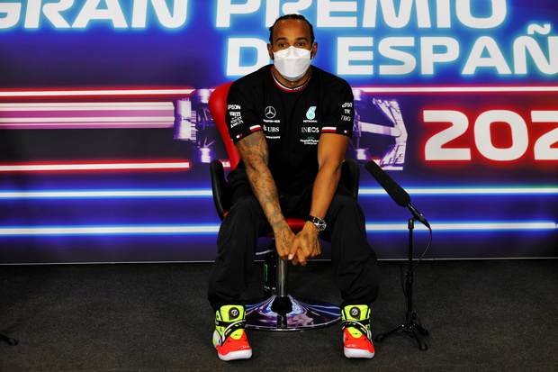 Hamilton Provokasi Verstappen Jelang GP Spanyol 2021