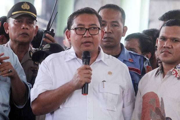 Anggota TNI Dikepung Debt Collector, Fadli Zon Heran: Kok Bisa...
