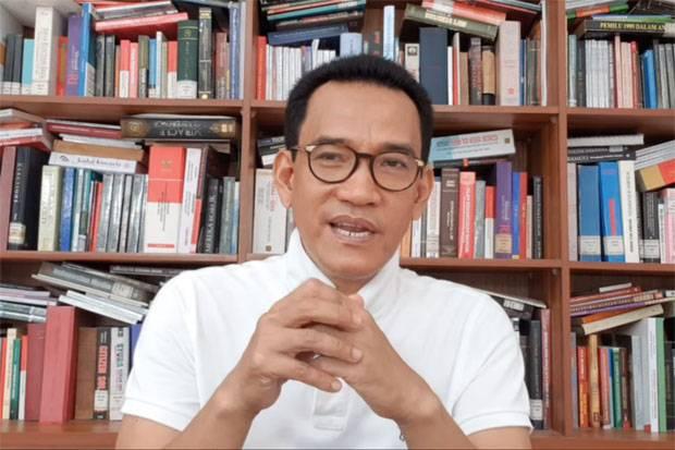 Minta Maaf, Refly Harun Sebut Pemerintahan Jokowi Sering Mengilhami Kritiknya