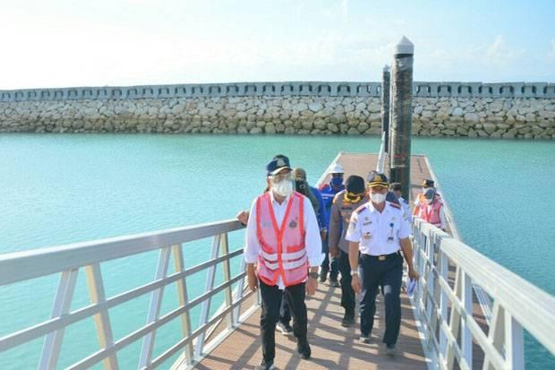 Bantu Destinasi Wisata, Menhub Harap Penyeberangan Sampalan Selesai 2022