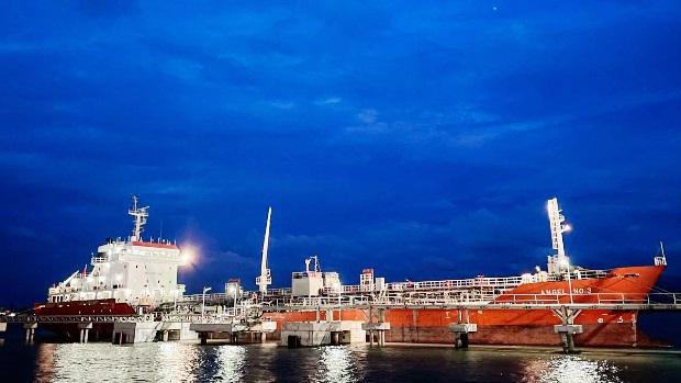 Pasarkan 3.000 MT Metanol, Pertamina Genjot Pasar Petrokimia Domestik