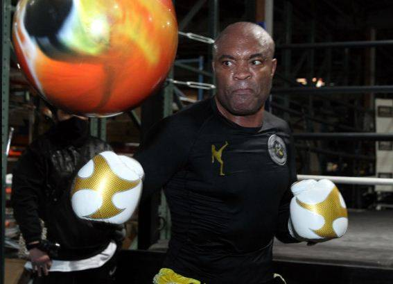 Bos UFC Larang Oscar De La Hoya vs GSP, Anderson Silva: Singa Itu Mati!