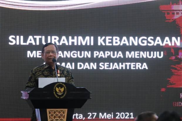 Mahfud MD Sebut Pemerintah Lakukan Pendekatan Kesejahteraan dan Dialog untuk Bangun Papua