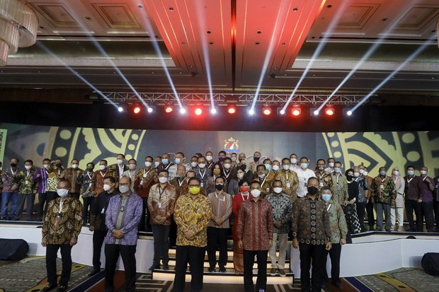 Sinyal Kuat, Menteri-Menteri Kepercayaan Jokowi Ada di Belakang Anindya Bakrie