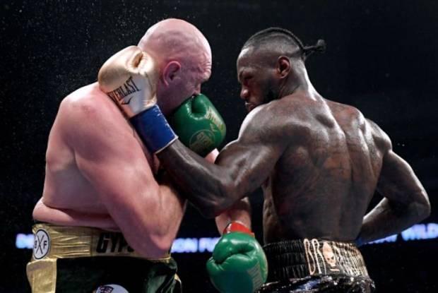 Takut Tyson Fury Dibekuk Deontay Wilder, John Fury: Banyak Lintah!