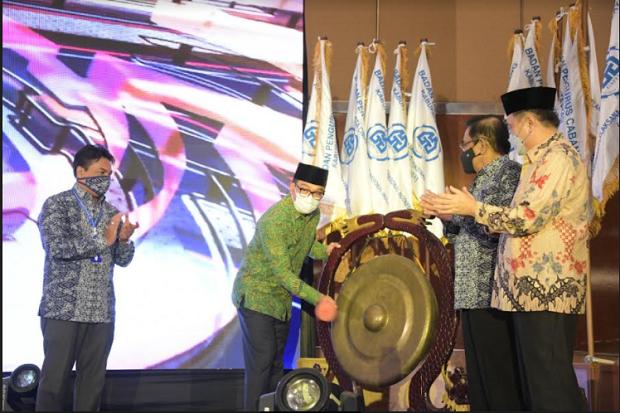 Hadiri Musda ke-13, Ridwan Kamil Ajak Gapensi Kembangkan Ilmu Arsitektur Baru