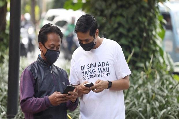 Viral! Aksi Bagi-Bagi Uang Secara Digital