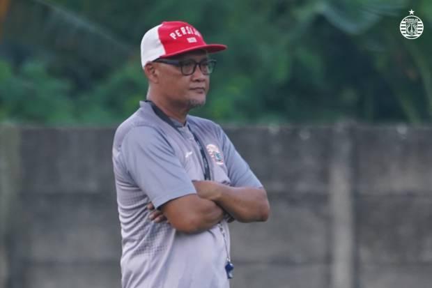 Sudirman Sampaikan Amanah kepada Calon Pelatih Persija Jakarta