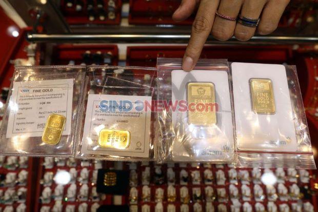 Harga Emas Kembali Berkilau, Dijual Rp960.000 Per Gram