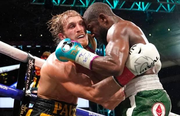 Mayweather Gagal KO Logan Paul, Canelo Mengejek: Itu Bodoh!