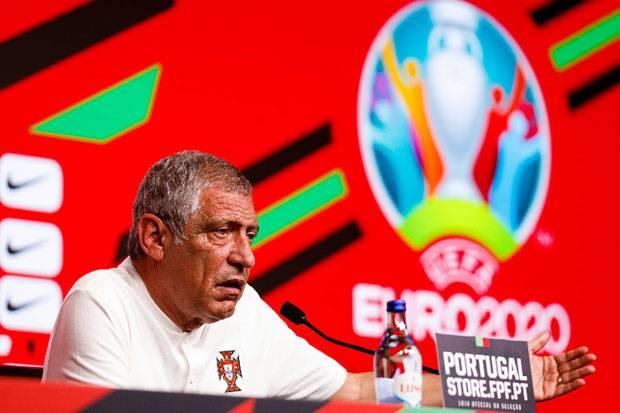 Strategi Baru Tak Berjalan Mulus, Fernando Santos: Portugal Masih Harus Perbaiki Diri