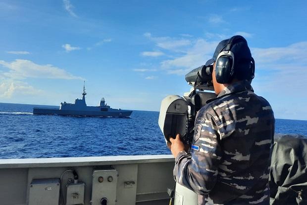 Kapal Perang KRI Diponegoro-365 Latihan Bersama RSS Tenacious 71 Singapura