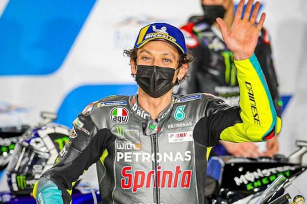 Rossi Pensiun? Andrea Dovizioso: Bukan Pilihan Buruk